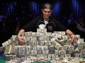 Юный американец выиграл в покер $8,5 миллионов