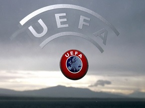 Епідемія свинячого грипу: УЄФА не рекомендує переносити футбольні матчі