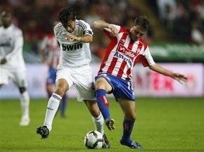 Примера: Барселона громит Сарагосу, Реал теряет очки в Хихоне