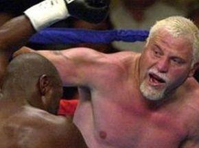 Бота одержал спорную победу над Каррионом