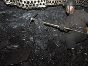 Дело: Компания Ахметова ввозит уголь из США