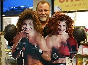 Південноафриканський боксер хоче зустрітися з «сестрами Кличко»