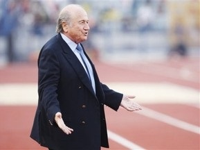 Блаттер вчетверте балотуватиметься на пост президента FIFA