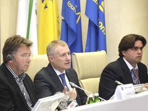 УЄФА затвердить по чотири міста в Україні та Польщі, що приймуть Євро-2012
