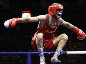 ЧС-2009 з боксу: Троє українців пробилося до чвертьфіналу