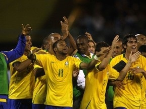 ЧМ-2010: Бразилия громит Аргентину