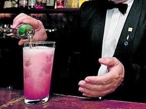 В Барселоне наливают коктейль Чигринский