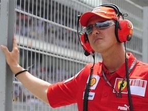 Шумахер в 2010-м может сесть за руль третьей Ferrari
