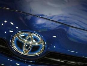 Toyota отзывает почти 100 тысяч автомобилей