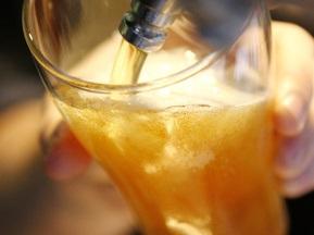 На Донбасс-Арене будут продавать по семь тонн пива за 15 минут