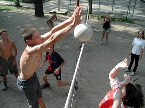 Украинским школьникам снизят нормативы по физкультуре