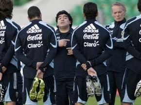 Марадона назвав склад на гру з росіянами