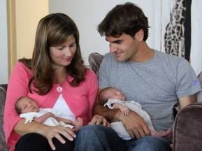 Роджер Федерер показал своих дочерей