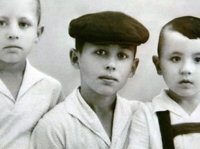 Фотогалерея: Дню народження Газзаєва присвячується