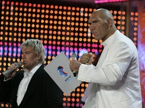 Валуев начал подготовку к бою с Хэем