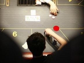 Покер исключен из видов спорта в России