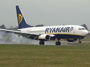 Ryanair будет продавать стоячие места