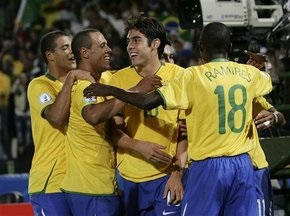 Бразилия с трудом побеждает ЮАР