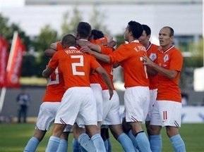ЧМ-2010: Голландия обеспечила себе поездку в ЮАР