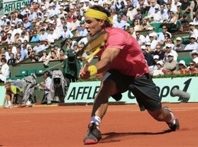 Roland Garros: Надаль уверенно переиграл Хьюитта