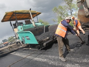 Корреспондент: Українські дороги будують іноземці