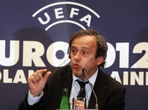 УЄФА може відкласти рішення щодо визначення українських міст Євро-2012