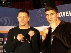 Марко Хук переміг Віталія Русаля технічним нокаутом
