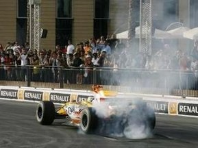 F1: Пілоти вимагають проводити перегони в більш ранній час