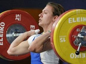 Українка завоювала золото на ЧЄ з важкої атлетики