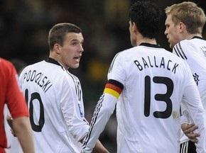 Подольські та Баллак побилися під час матчу проти Уельсу