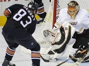 NHL: Качки не здаються