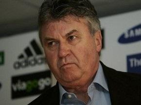 Хиддинк продолжит сотрудничество с Челси