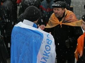 Корреспондент: Час двополюсної України проходить