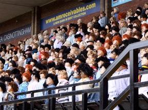 Тисяча надувних глядачів були присутні на матчі з регбі