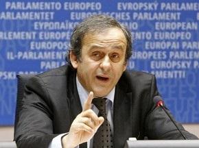 УЕФА: Украину никто не заменит на Евро-2012
