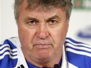 Футболисты Челси просят Хиддинка остаться в клубе