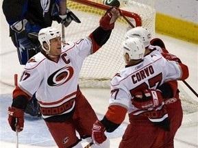 NHL: Кароліна розгромила Тампу