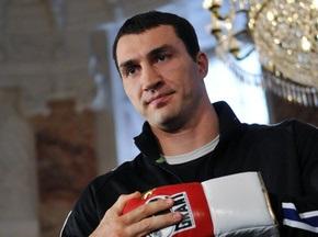 Володимир Кличко підписав контракт на бій з Хеєм