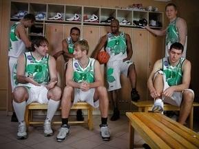 Київські баскетболісти назвали відверту фотосесію пропагандою гомосексуалізму