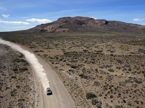 Аргентина и Чили поделят этапы Дакара-2010 поровну