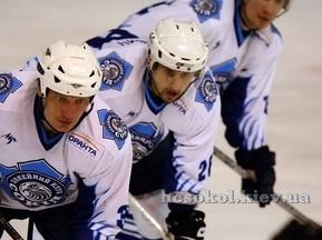 Хоккей: Сокол проигрывает дома