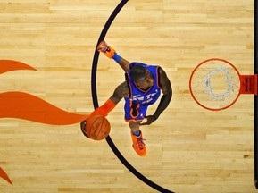 NBA. Зірковий Вік-Енд: Малий виграло конкурс кидків зверху