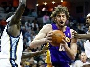NBA: Лейкерс перемагає Мемфіс