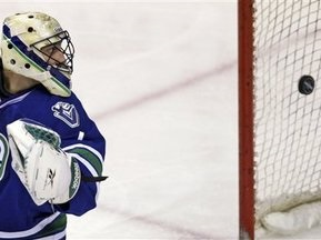 NHL: Обилие шайб в Канаде