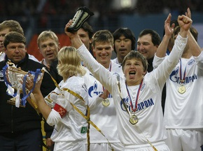 Аршавин и Тимощук - самые высокооплачиваемые футболисты России