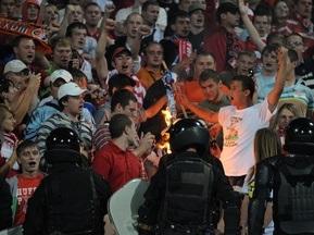 Российским болельщикам запретили жечь