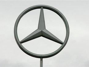 Продажи Mercedes-Benz снизились на 25%