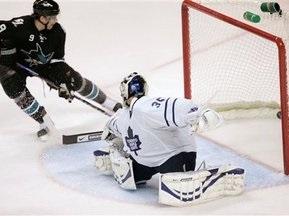 NHL: Акулы уничтожают всех на своем пути