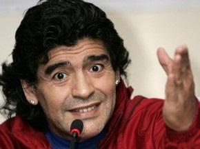Марадона чуть не сорвал футбольный матч ветеранов