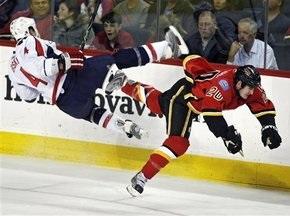 NHL: Два очка Поникаровского не спасли Торонто от поражения